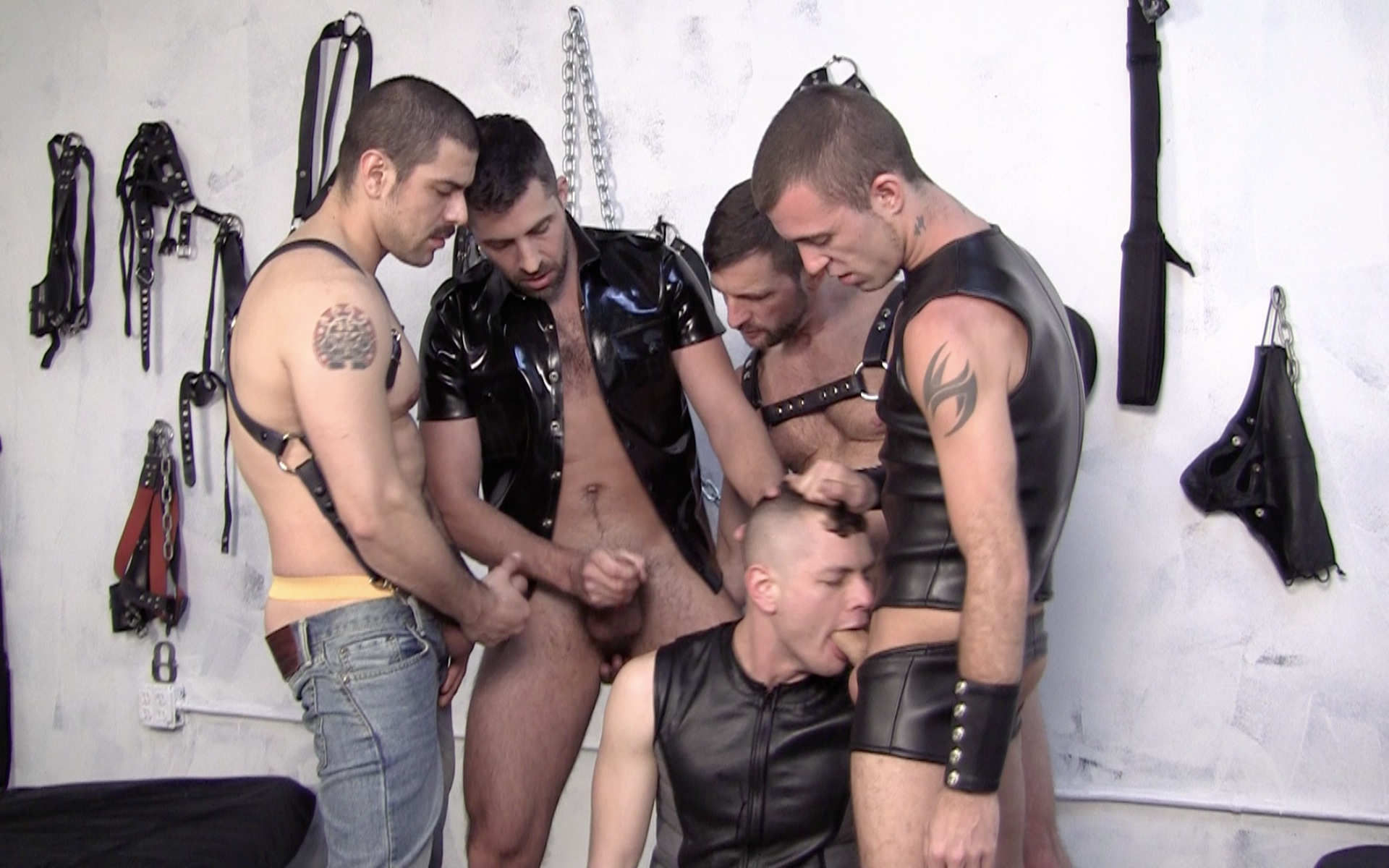 Leather orgy: Brandon, Jessy, Morgan, Dominic and Blue
