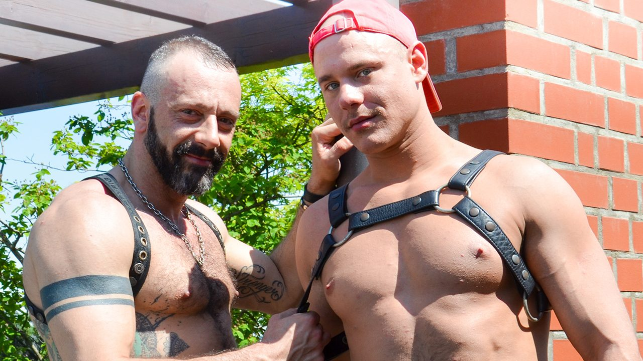 Leather Sex: Alberto Esposito and Devian Rogue