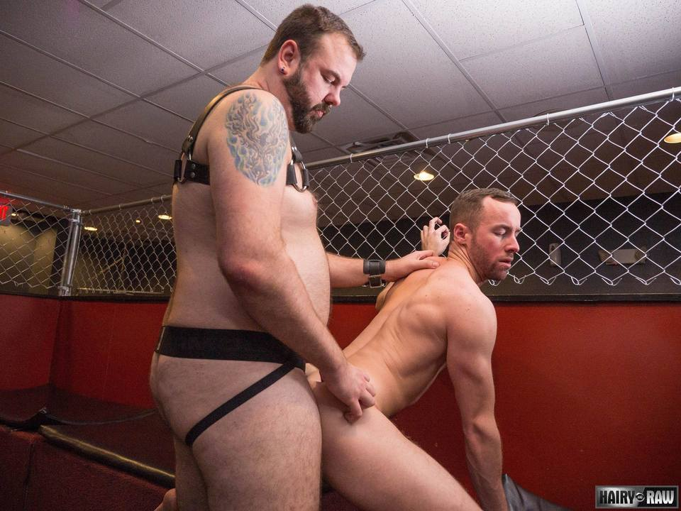 Leather Bear Aiden Storm Fucks Alex Hawk Raw